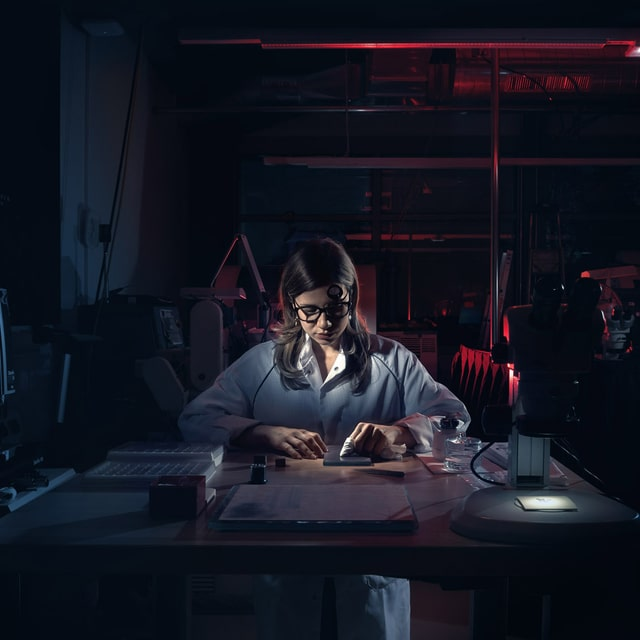 Roger Dubuis Manufacture watchmaker at work