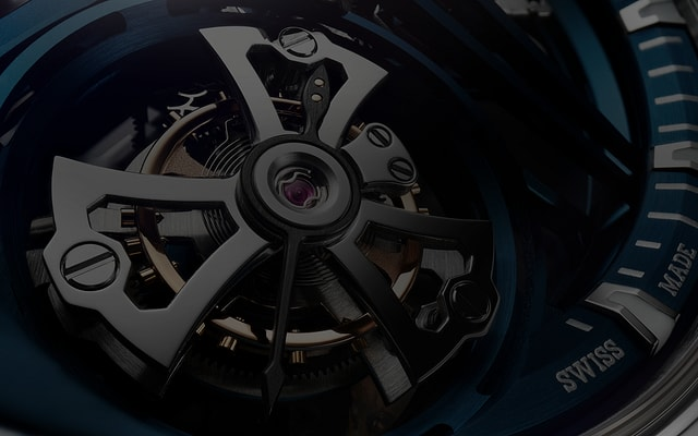 Roger Dubuis Excalibur collection flying tourbillon detail