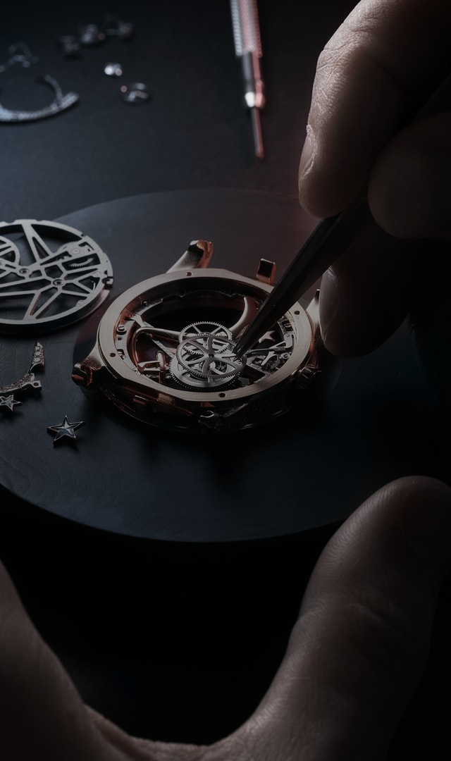Roger Dubuis care & maintenance watch being serviced header